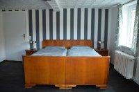 schlafzimmerbett.jpg