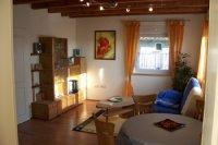 Wohnzimmer Esstisch  blau350pixel100_0481-1.jpg