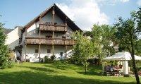 Landhaus Zum Wildbach - Ansicht Wiesenseite.jpg