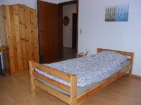 Zimmer rechts.jpg