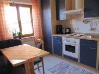 klein_Küche mit Essecke.jpg