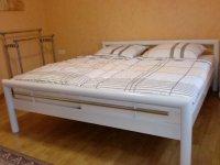 Schlafzimmer 2 (1).jpg