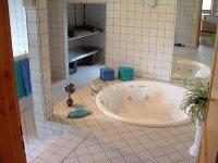 Landhaus Zum Wildbach - Wellness-Badelandschaft.jpg